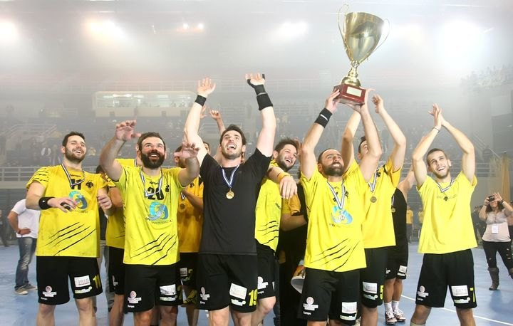 Καρυπίδης στο enwsi.gr: «Μεγάλη μου τιμή που βρίσκομαι σε αυτή την ομάδα» (VIDEO)