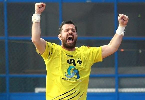 Παπαδόπουλος στο enwsi.gr: «Θα παίξω στον τελικό έστω και με... ένα πόδι!»