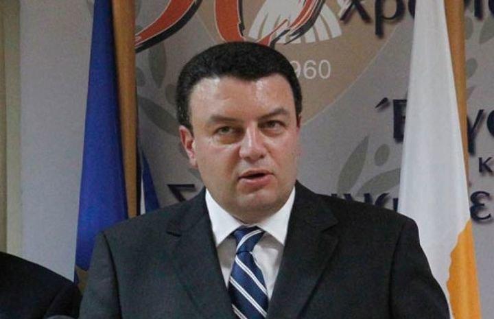Έστειλε φανέλες η ΑΕΚ στα παιδιά του αδικοχαμένου υπουργού