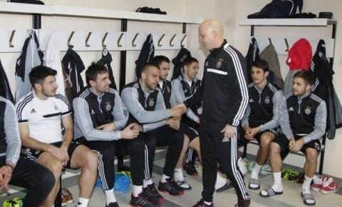 «Υπάρχει ακόμα πιθανότητα να φύγει ο Λάζοβιτς» παραδέχεται ο Νίκολιτς