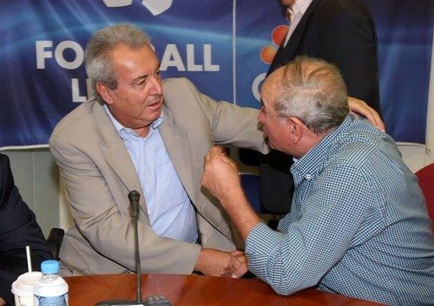 Την επ' αόριστο αναβολή του πρωταθλήματος εξετάζουν στη Football League