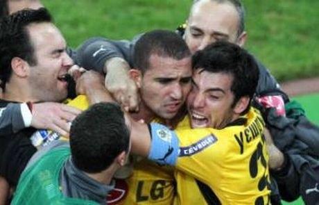 Σαν σήμερα το 2008 η ΑΕΚ έκανε πάλι ανατροπή και κέρδισε (VIDEO)