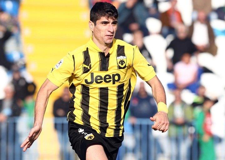 Απόλυτος πρωταγωνιστής της ΑΕΚ ο Μάνταλος με 3 γκολ και 4 ασίστ
