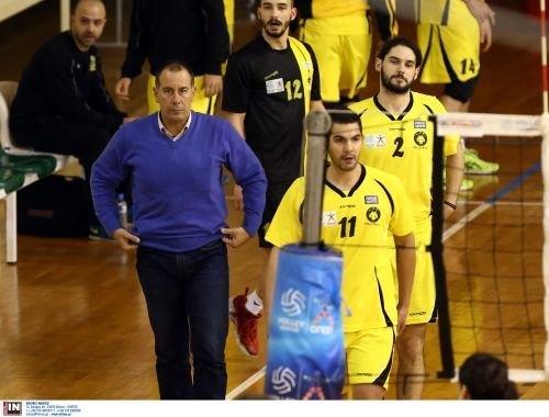 «Βουλιάζει» η ΑΕΚ μετά και τη νέα εντός έδρας ήττα με 3-0 από τον Παμβοχαϊκό