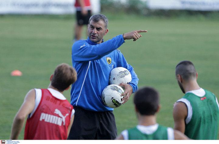 Έσβησε κεράκια στα Σπάτα ο Δέλλας, ευχές για τα γενέθλια του από το ποδοσφαιρικό τμήμα