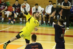 XANTH - AEK handball (4)
