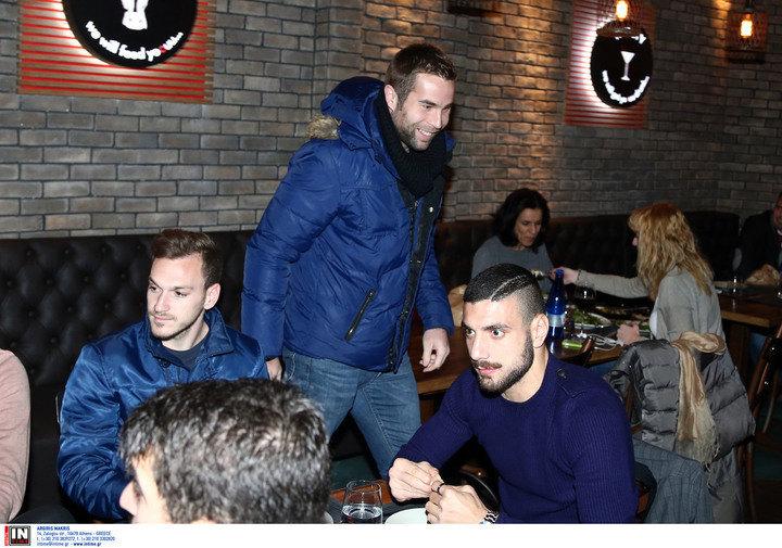 """Με """"Τίγρη"""", Μπάγεβιτς και Μπρέσεβιτς το οικογενειακό δείπνο της ΑΕΚ (ΦΩΤΟ)"""