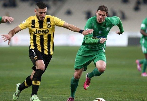 Αποθέωση για τον Αραβίδη από τον κόσμο, δέκα γκολ σε δέκα ματς για τον φορ της ΑΕΚ