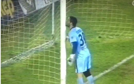 Ο Πίτκας φίλησε το δοκάρι που τον έσωσε στο ψαλιδάκι του Μπρέσεβιτς (VIDEO)
