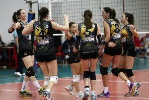Olympiakos - AEK volley gynaikwn play off (8)