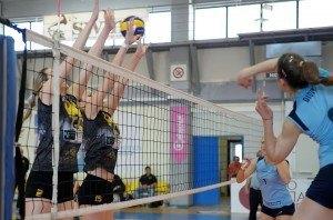 Pannaksiakos - AEK Volley gynaikwn  (1)