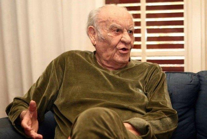 Ο μεγάλος Νίκος Μήλας, κόουτς στο έπος του ΄68, μιλά για τον τεράστιο άθλο της ΑΕΚ