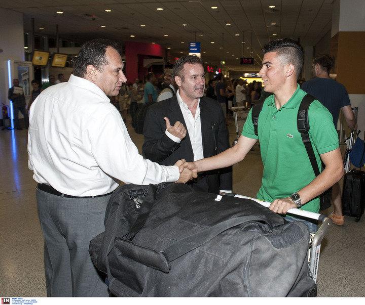 Έφτασε ο Χαφέζ και την Τρίτη υπογράφει συμβόλαιο για ένα συν δύο χρόνια με την ΑΕΚ