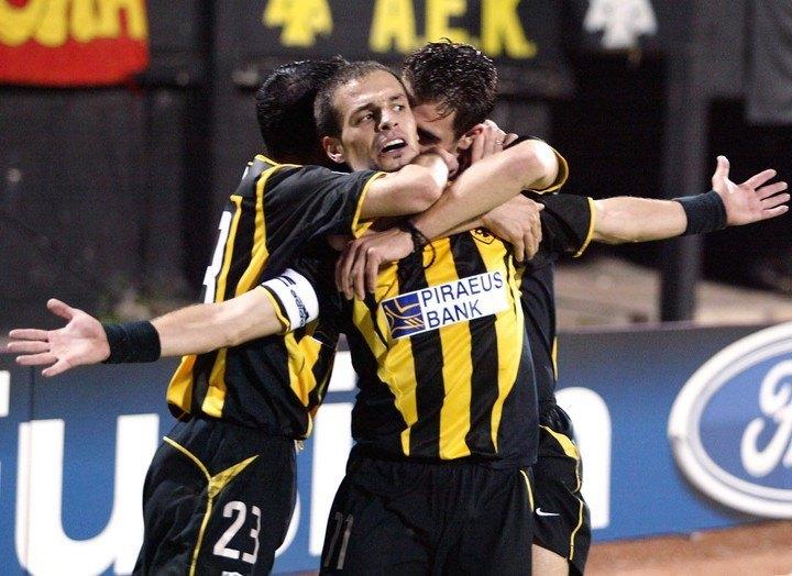H AEK και άλλοι τρεις στις 100!