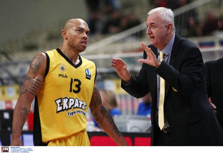 """Ο Κάρτερ στο μπλογκ του στο enwsi.gr: """"Αυτοπεποίθηση και πρωτάθλημα"""""""