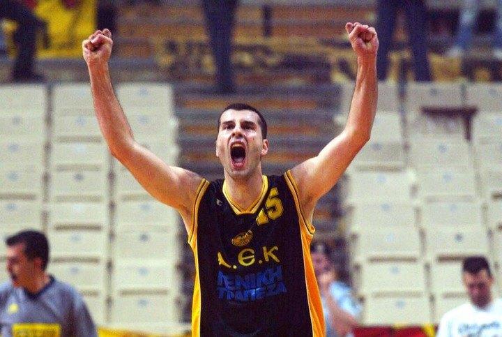 «ΑΕΚ, η μεγαλύτερη ομάδα στην Ελλάδα!»