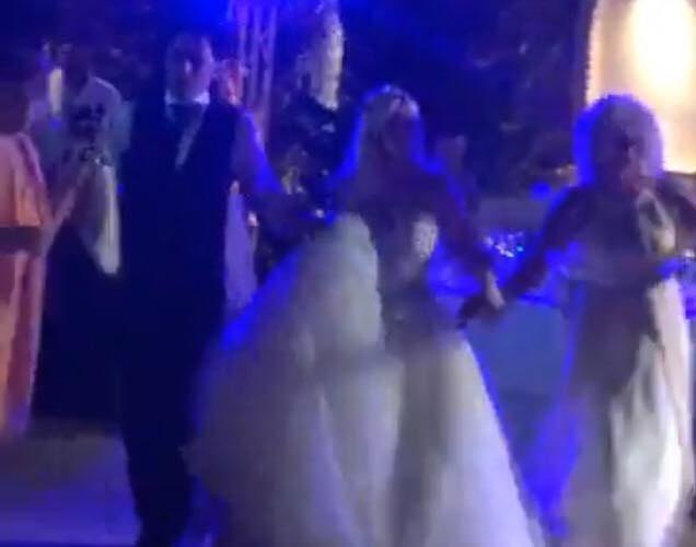 Ο Δήμαρχος Α. Βασιλόπουλος παντρεύτηκε στη Νέα Φιλαδέλφεια (ΦΩΤΟ)