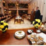 Εικόνες από την κοπή της Πρωτοχρονιάτικης πίτας της ΑΕΚ