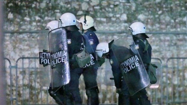 Πύργος: Επεισόδια με έναν μαχαιρωμένο και πέντε συλλήψεις μετά το Γουλβς-Ολυμπιακός