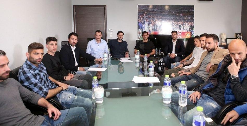 Οι αρχηγοί των ομάδων της Super League απαίτησαν: Να ξεκινήσει άμεσα το πρωτάθλημα