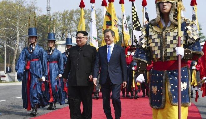 Ιστορική μέρα για Βόρεια και Νότια Κορέα: Τέλος ο πόλεμος, τέλος τα πυρηνικά! (ΦΩΤΟ-VIDEO)