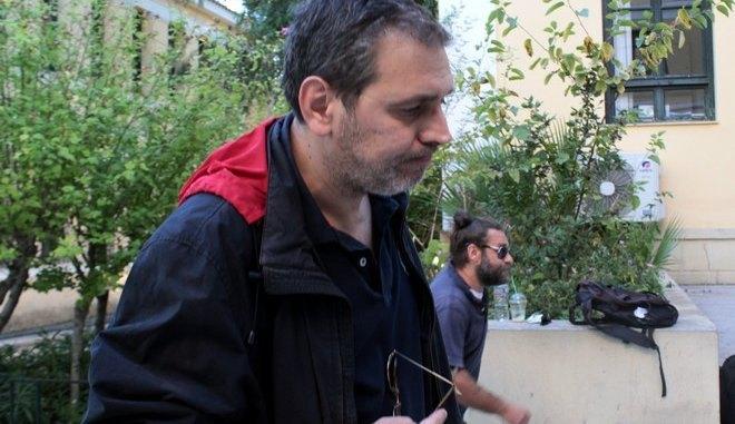 Στέφανος Χίος: Με άδεια οπλοκατοχής που, και όμως, ανανεώθηκε το 2017