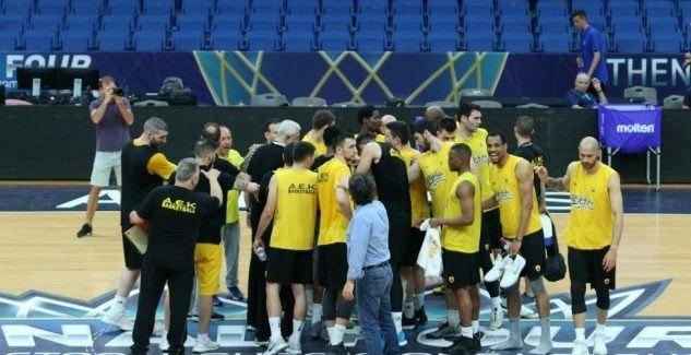 Oι 12αδες του μεγάλου ημιτελικού της ΑΕΚ με την Μούρθια