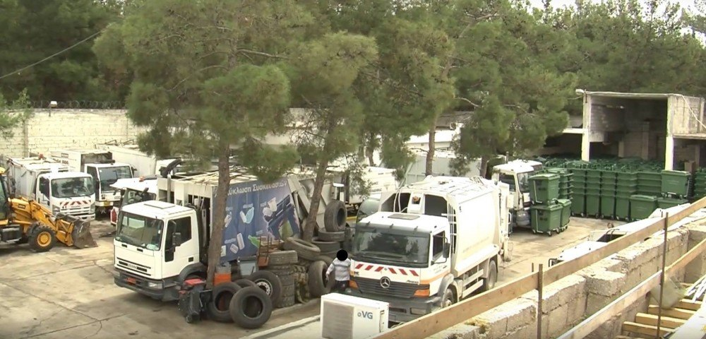 Στην Κέρκυρα συνέλαβαν τον Δήμαρχο για τα σκουπίδια και η ΑΕΚ περιμένει τον Εισαγγελέα για τον Βασιλόπουλο!
