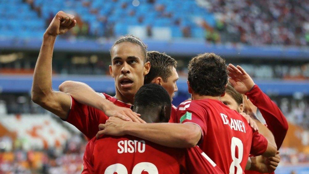 Το Περού τις ευκαιρίες, η Δανία τη νίκη