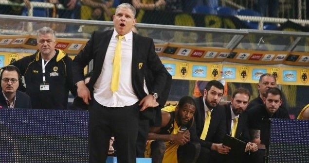 Στον Φάρο ο Μανωλόπουλος!