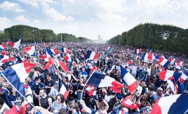 Η απίστευτη υποδοχή των παγκόσμιων πρωταθλητών στη Γαλλία! (ΦΩΤΟ)