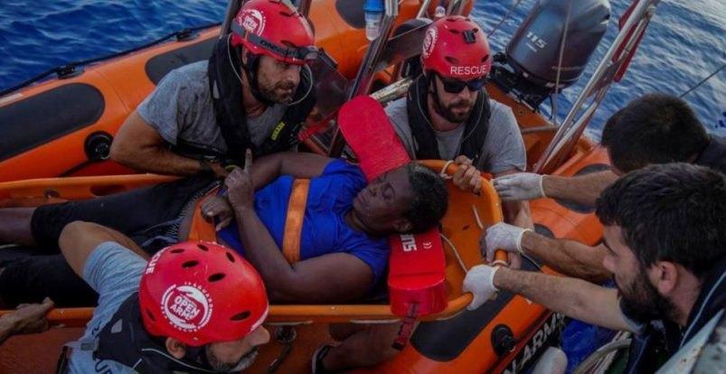 Ο Μαρκ Γκασόλ βοήθησε στην διάσωση πρόσφυγα! (ΦΩΤΟ)