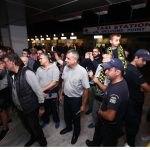 Eικόνες από την άφιξη της ΑΕΚ στο Ηράκλειο