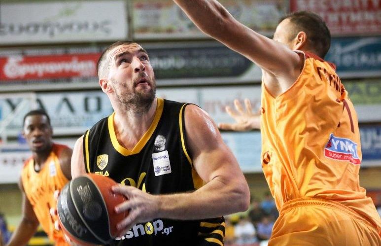 Γιαννόπουλος: «Είδαμε τι μπορούμε να κάνουμε, θέλουμε να «χτυπάμε» όλα τα ματς»