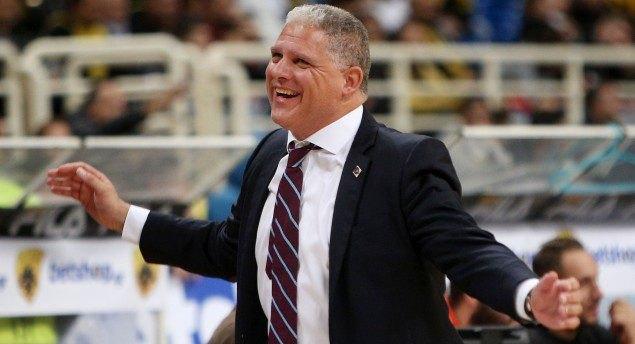 Μανωλόπουλος: «Στοίχησαν τα λάθη, δυνατή στην άμυνα η ΑΕΚ»