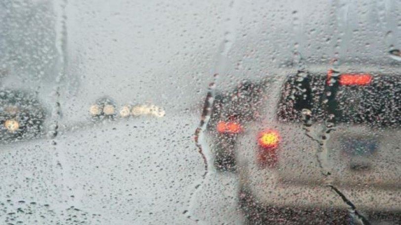 Βροχές και καταιγίδες από το απόγευμα της Κυριακής