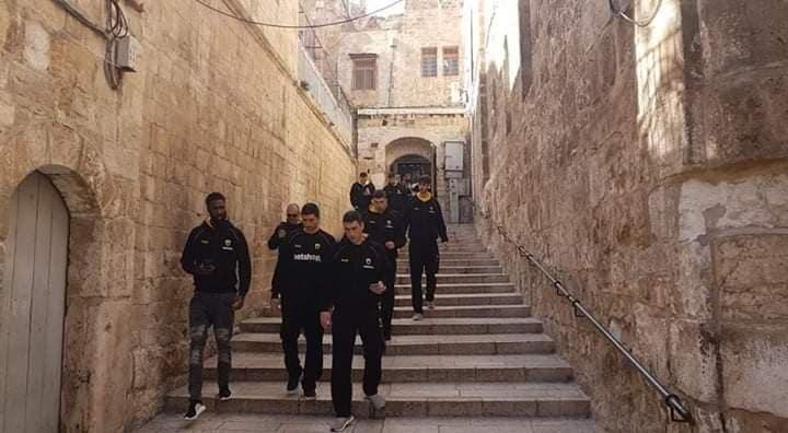 Βόλτα στους Αγίους Τόπους για την ΑΕΚ στην Ιερουσαλήμ (ΦΩΤΟ)