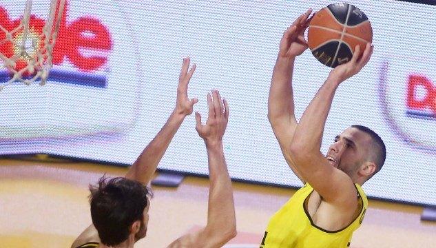 Μποχωρίδης: «Επιτρέψαμε στην ΑΕΚ να κάνει το παιχνίδι της»