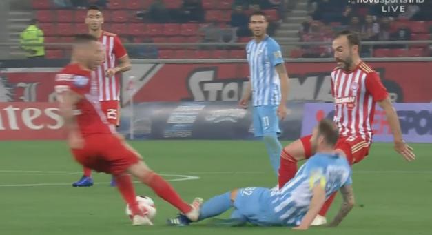 Ο Διαμαντόπουλος χάρισε αποβολή στον Γκιγέρμε! (VIDEO)