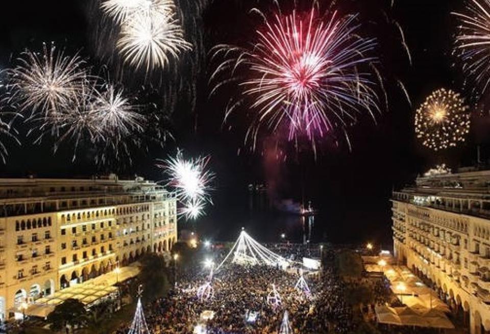 Τραγωδία την Πρωτοχρονιά: 14χρονος στη Θεσσαλονίκη σκοτώθηκε, κοιτώντας τα πυροτεχνήματα!