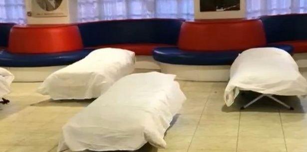 Η Κρίσταλ Πάλας προσφέρει φιλοξενία στους άστεγους  (VIDEO)