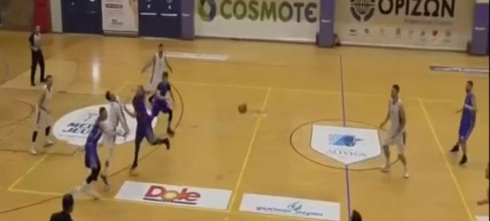 Μπασκετμπολίστας του Δούκα κινδυνεύει να χάσει την όρασή του από χτύπημα αντιπάλου (VIDEO)