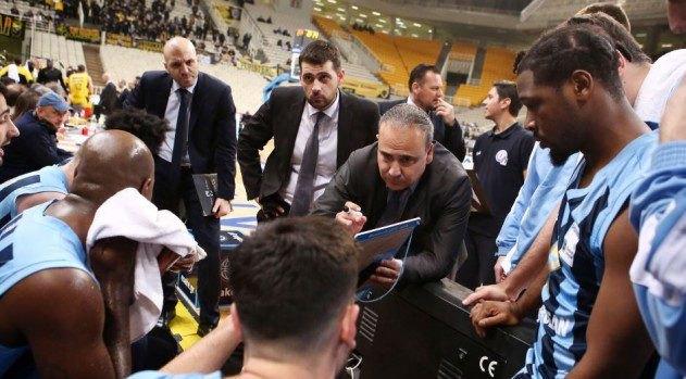Φλεβαράκης: «Δεν μας άφησε περιθώρια η ΑΕΚ, αξίζει συγχαρητήρια»