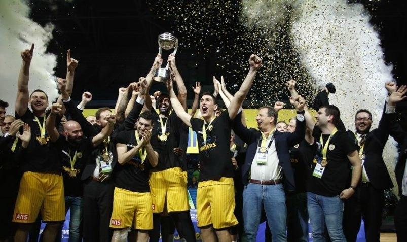 Η ΑΕΚ χάρισε στην Ελλάδα την τρίτη παγκόσμια κούπα!