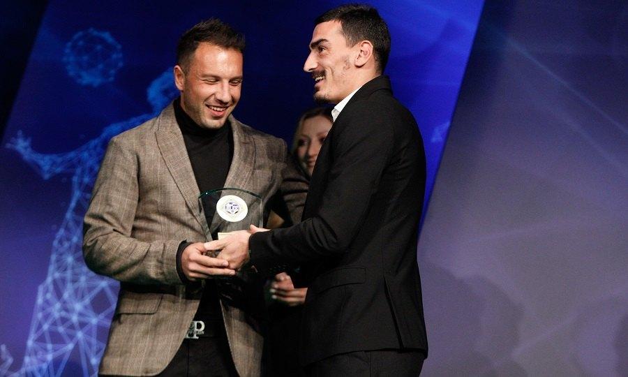Βραβείο Fair Play στον Ναζλίδη για την γκολάρα στο ΑΕΚ-Λάρισα! (VIDEO)