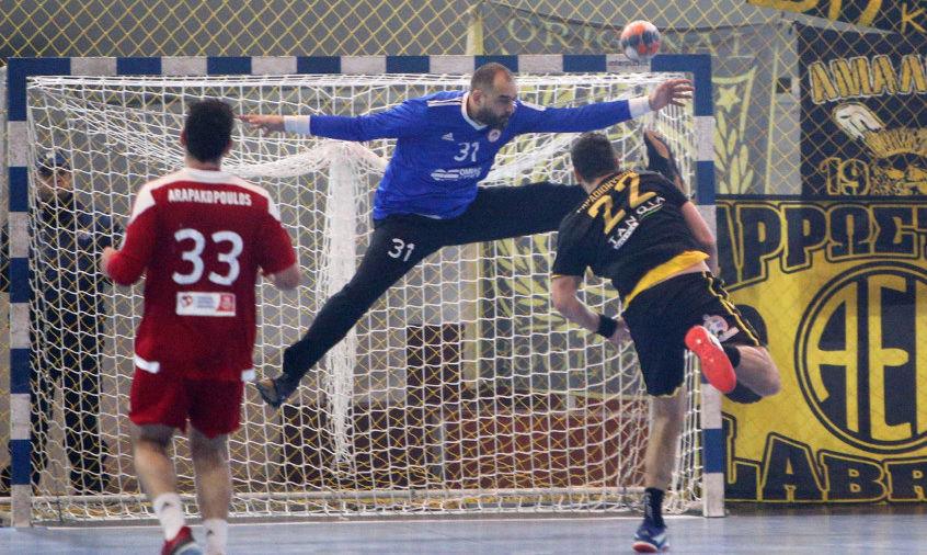Οι διαιτητές του Ολυμπιακός-ΑΕΚ για τον τελικό κυπέλλου στο χάντμπολ