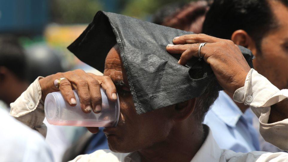 Τραγωδία στην Ινδία: 78 νεκροί από τον καύσωνα
