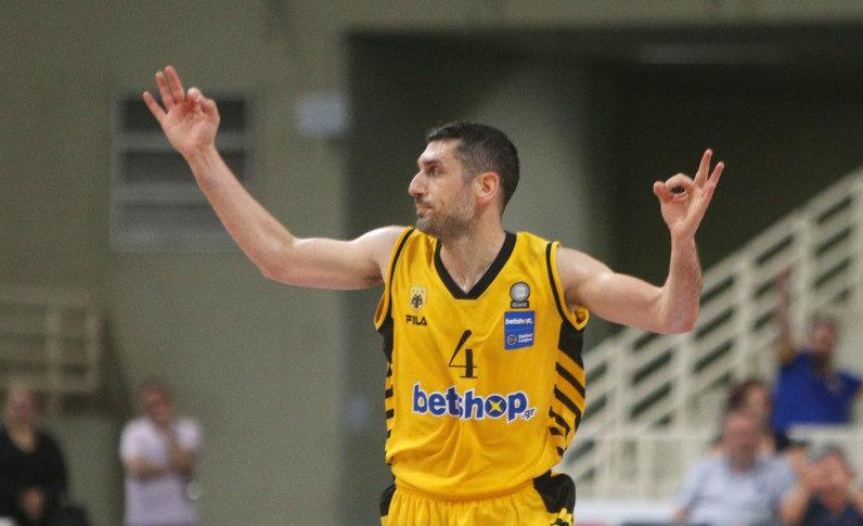 MVP του ΑΕΚ - Περιστέρι ο Ξανθόπουλος (ΦΩΤΟ)