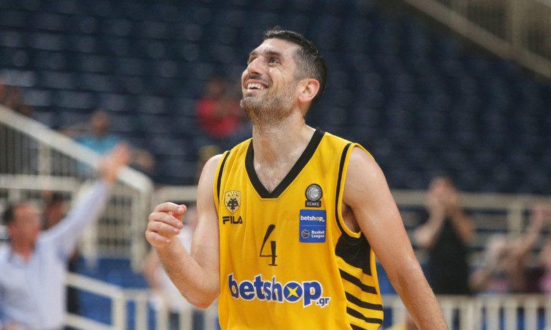 Δύο ρεκόρ καριέρας σημείωσε ο Βασίλης Ξανθόπουλος