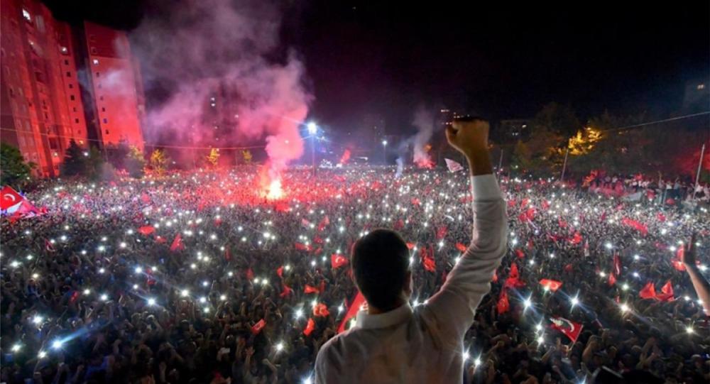 Θρίαμβος για τον Ιμάμογλου στην Κωνσταντινούπολη-«Χαστούκι» για τον Ερντογάν